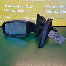 VAUXHALL ASTRA 98-05 MK4 (G) SILVER PASSENGER SIDE MANUAL WING MIRROR 061093