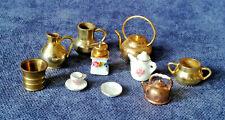 Puppenstube Puppenhaus Zubehör Porzellan Messing Kaffeemühle Krug Kanne Tasse