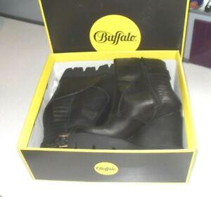 Buffalo London Size EU40 UK6 Black Leather Ankle Zip Buckle Biker Punk Boots NEW