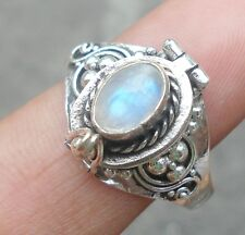 925 Solid Silver Balinese Style Poison Locket Ring & Rainbow Moonstone Siz 8-H68