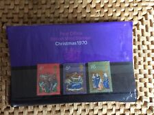 Post Office British Mint Stamps Christmas 1970 in cellophane sleeve - 3 stamps