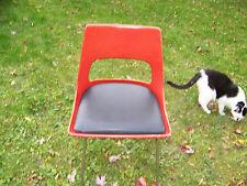 Mid Century Modern Eames Era Style Krueger Metal prod. Fiberglass Shell Chair