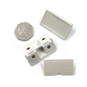 WHITE MODESTY FURNITURE BLOCKS WOODWORKING TRIANGLE FIXING CONNECTORS H1056