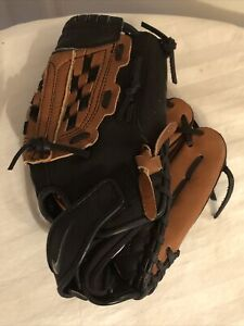 Nike Air Show Diamond Ready Baseball Glove 11.00 inches Used Throw Right Handed