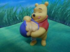 DISNEY BULLYLAND WINNIE THE POOH FINGER IN HONEY POT CAKE TOPPER / COLLECTABLE