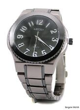 mens gunmetal mens business clubbing watch designer-style bracelet