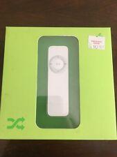 "Apple iPod Shuffle 1st Generation""~White (1GB) M9724LL/A~""Brand New""~Unopened"