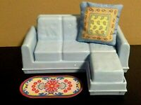 LOVING FAMILY COUCH SOFA RUG PILLOW LOT DOLLHOUSE FURNITURE FISHER PRICE