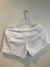 Lululemon Run Times Short in White with Grey Pattern  size: 6 *NEW WITH TAG*