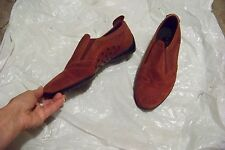 womens tods dark red suede leather slip on flats shoes size 9 1/2