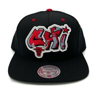 Chicago Bulls Mitchell & Ness Graffiti Script Snapback Hat NBA