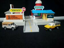 Micro Machines Hiways & Byways Country Junction With 2 Cars Galoob