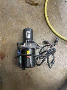 P2  Volvo Penta SX  ~  Omc Cobra Trim / Tilt hydraulic pump 3855745 985846