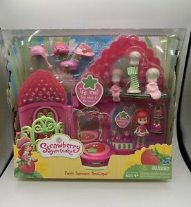 STRAWBERRY SHORTCAKE FRESH FASHIONS BOUTIQUE AGES 4+ NEW PLAYSET NRFB Doll House