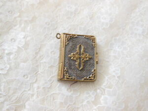 Antique Embossed Gold Metal Aide Memoire/Notebook for Chatelaine