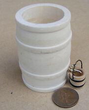1:12 Wooden Rain Barrel Tap And Wooden Bucket Dolls House Miniature Accessory L
