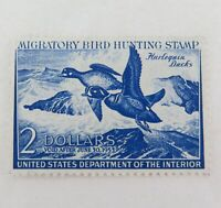 .SCARCE 1952 SCOTTS # RW19 US FEDERAL DUCK STAMP, MNH NOT SIGNED, NICE STAMP !