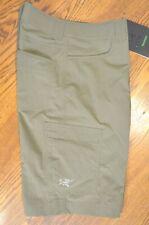 ARC'TERYX Men's Rampart Lightweight Packable Long Short (Mongoose) 32 in. Waist