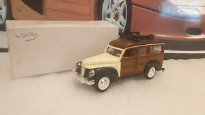 FORD WOODY  - 1/32 SCALE  MODEL / TOY CAR WITH PULLBACK MOTOR