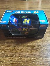 2001 Jeff Gordon Pepsi #24 Hard case Revell 1/64 car
