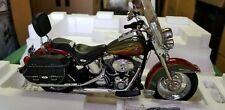 1/10 Franklin Mint Harley Davidson Heritage Softail Classic 2008 Red/Green