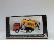 SHINSEI 4233 GMC VACUUM STREET SWEEPER MINT BOXED 1:60 MADE IN JAPAN