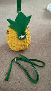 Brand new pineapple straw raffia shoulder handbag yellow/green holiday