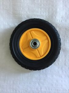"""Mclane Edger 7"""" Front Wheel Complete with Bearings Replaces Part# 7075-7"""