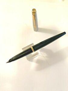 1970s Black Parker 45 Fountain Pen, FINE nib. Gold trim Guaranteed to write.