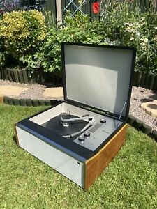 VINTAGE 1960s VALVE RECORD PLAYER.   WORKING ORDER.
