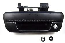 Smooth Black Tailgate Handle With Keyhole