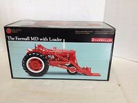 NEW IH PRECISION SERIES ERTL COLLECTIBLES FARMALL MD W/ LOADER 1/16 TOY TRACTOR