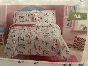 New In Package Circo Girls Passport to Paris 7 Piece Full Bed Set White Pink