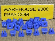 25 Screw Grommets Auveco #14754 Ford Automobile OEM : N802376-S