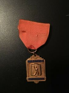 1942 SYRACUSE CHIEFS International League Champions Player Medallion & Ribbon