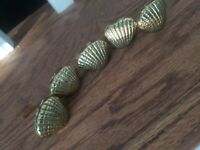 Bombay and company 5 Antique Cast Brass Place Card Holders Conch Sea Shell