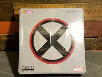 Mezco ONE:12 - X-Force Wolverine Tin Case - PX Previews - Deluxe Action Figure
