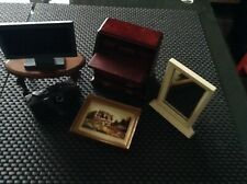 12th SCALE MIXED LOT OF DOLLS HOUSE FURNITURE