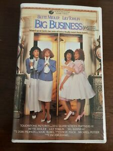 1988 FILM. BIG BUSINESS. VHS. CLAMSHELL. TOUCHSTONE HOME VIDEO. GOOD CONDITION.