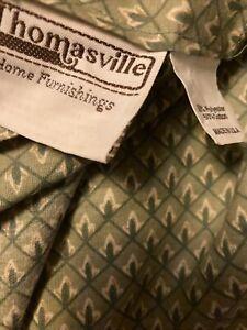 "Thomasville   House Furnishings Bedskirt 14"" Drop"