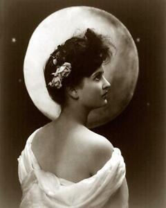 Art Nouveau Womans Profile Full Moon c.1900s - Fitz W Guerin 8x10