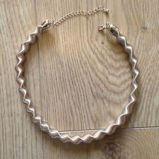 Gold twist thick necklace from New Look