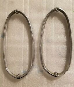 1965 -1980 ROLLS ROYCE SILVER SHADOW FRONT TURN SIGNAL BEZEL L/H AND R/H