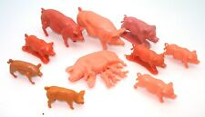BRITAINS COPIES 1960'S VINTAGE FARM - MIXED GROUP PIGS  V