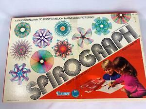 Vintage Kenner Spirograph Complete 1976 Art Drawing Excellent Condition
