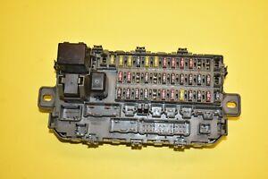 97 98 99 00 01 Honda CR-V CRV Fuse Box Relay Module Unit Assembly OEM