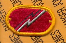 US Army 1st Field Artillery Detachment FAD Airborne para oval patch m/e