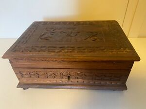 INDONESIAN BALINESE CARVED  WOOD BOX  WITH INNER TRAY