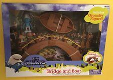 Grouchy Smurfs Bridge Boat Village set JAKKS NEW In Box! action figure 4+ Movie