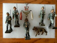 Elastolin LINEOL toy soldiers Germany 1938/39  German Wehrmacht  5 soldiers /dog